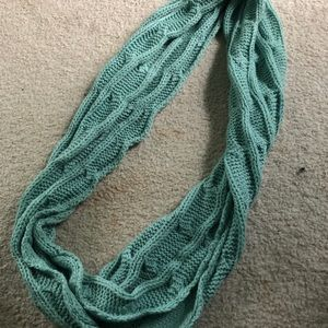 Thick Teal Knit Infinity Scarf